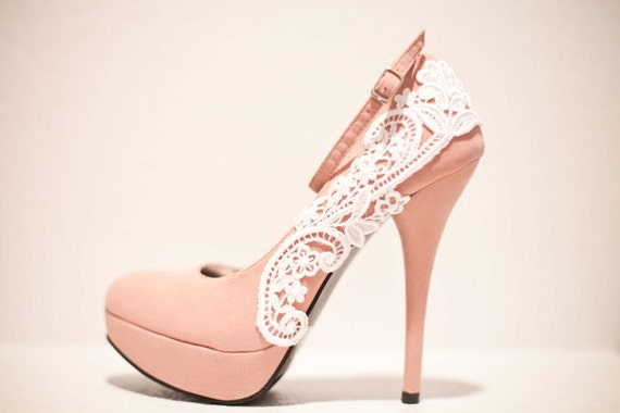 Pink Pumps with White Venise Lace ... Size 8
