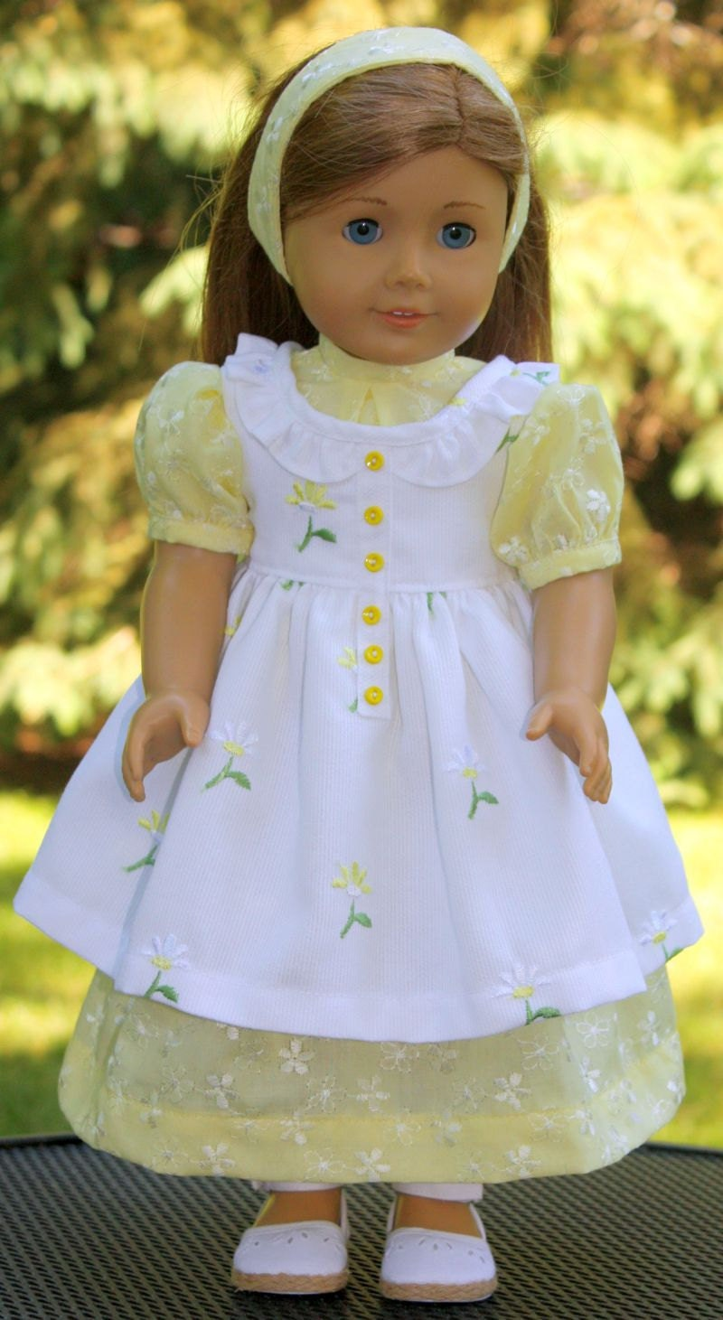 Old fashioned doll clothes