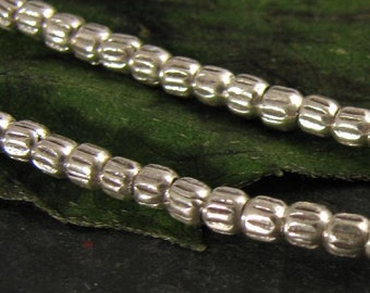40 Fine Silver Seed Beads, 2.5mm Handcrafted Beads with Oxidized Grooves, MB173