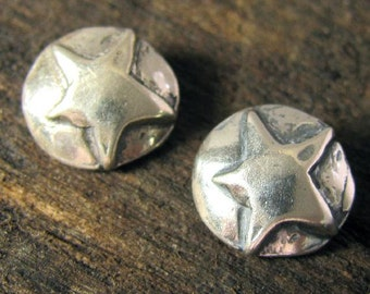 Cowgirl Star Buttons -  Small Rustic Stars in Sterling Silver - Handcrafted Artisan Clasps - 10.5mm Round - BT12