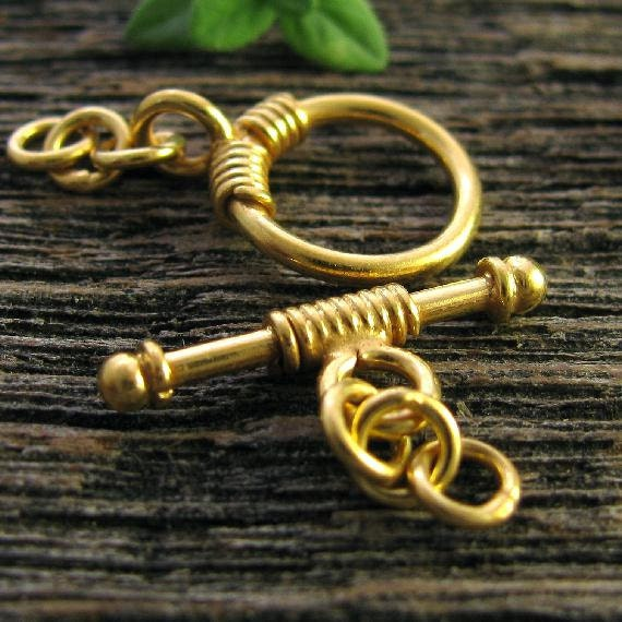 1 Vermeil Round Toggle Round - Half Wire Wrapped Vermeil Gold Toggle Clasp Set 11.2mm - T127