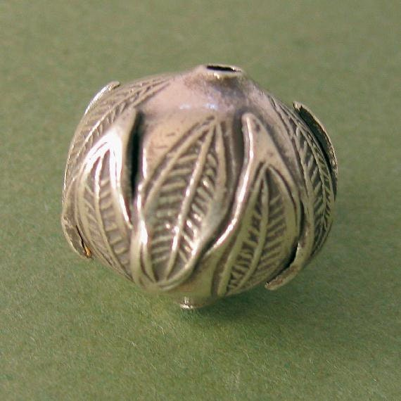 Fine Silver  Double Leaf Bead Hand Crafted  Karen Hill Tribe  - 13.5mm 1 Pc - MB208