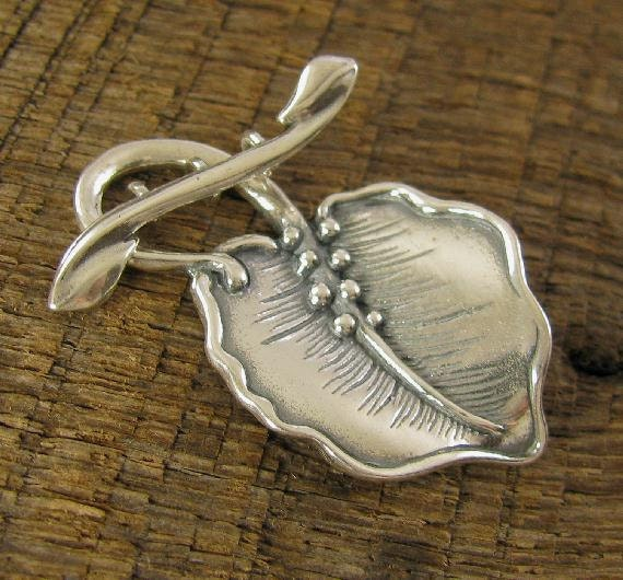 Large Woodland Leaf Sterling Silver Toggle Clasp - For 3 Strands - Multi-Stranded Toggle ClaspT110