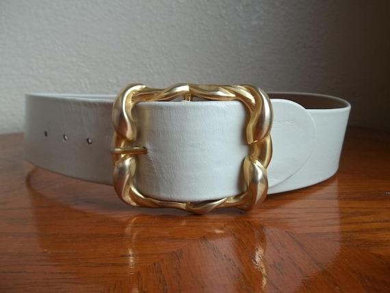 Vintage Solid Metal DECO Buckle BELT.  (S)