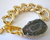 Chunky Gold Chain Link Bracelet with Black Agate