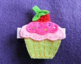 Vanilla Cupcake with Strawberry and Sprinkles Felt Hair Bow Clip