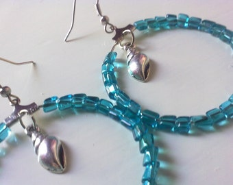 Hoops with turquoise beads  / free combined shipping