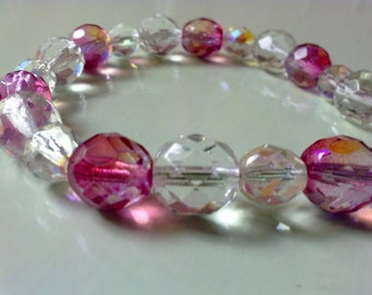 50% off / butterfly pink czech bracelet (FREE COMBINED SHIPPING)