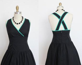 "1980s Black Racer Back Green Trim Summer Dress Bust 35"""