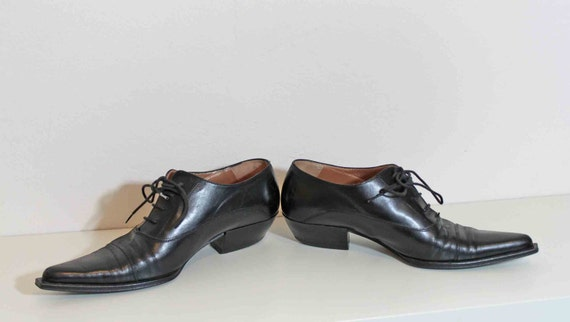 1990s Momenti Italy Leather Xtra Pointy toe Androgynous look Oxford Shoes Size 7 Reserved for Victoria