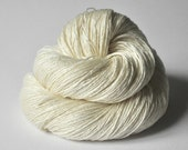 Ghost - natural Merino/Silk Fingering Yarn Superwash