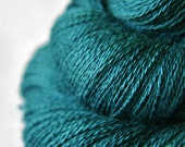 Giant clam closing forever - BabyAlpaca/Silk Lace Yarn