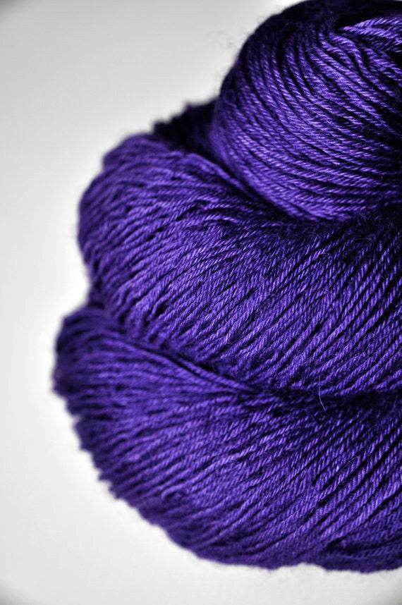 Memory of a fearsome tale - BFL Sock Yarn superwash