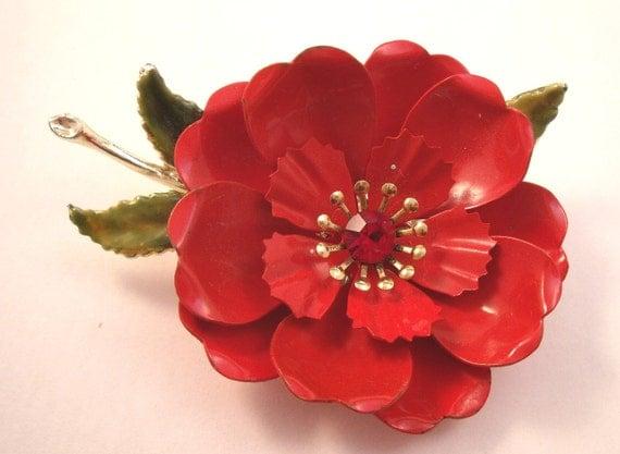 Red rose enamel flower brooch by Coro