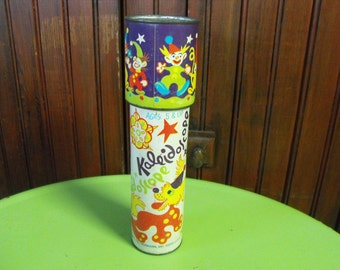Vintage 1980 Steven Mfg Co Kaleidoscope Clown Design