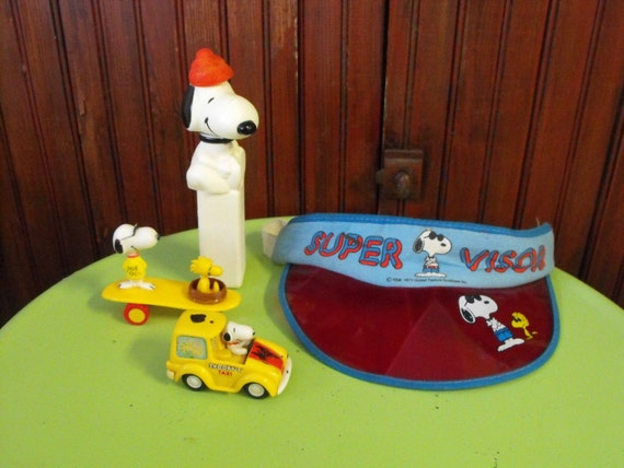 Vintage Snoopy and Woodstock Joe Cool Toys and Visor 1965-1972 Set of 4