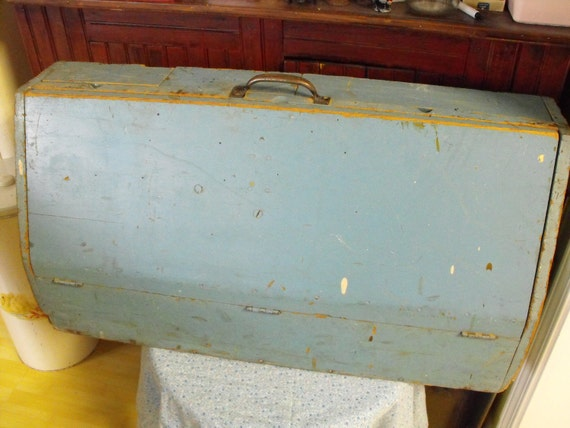 Primitive Wooden Tool Box Storage Chest Chippy and Shabby Chic