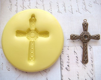 CELTIC CROSS - Medium ( with bail ) - Flexible Silicone Mold - Push Mold, Polymer Clay Mold, Resin Mold, Food Mold, Pmc Mold, Ice Mold
