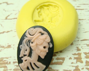 Lolita the Skeleton - 25 x 18 mm - Flexible Mold/Mould - Push Mold, Polymer Clay Mold, Resin Mold, Pmc Mold, Clay Mold
