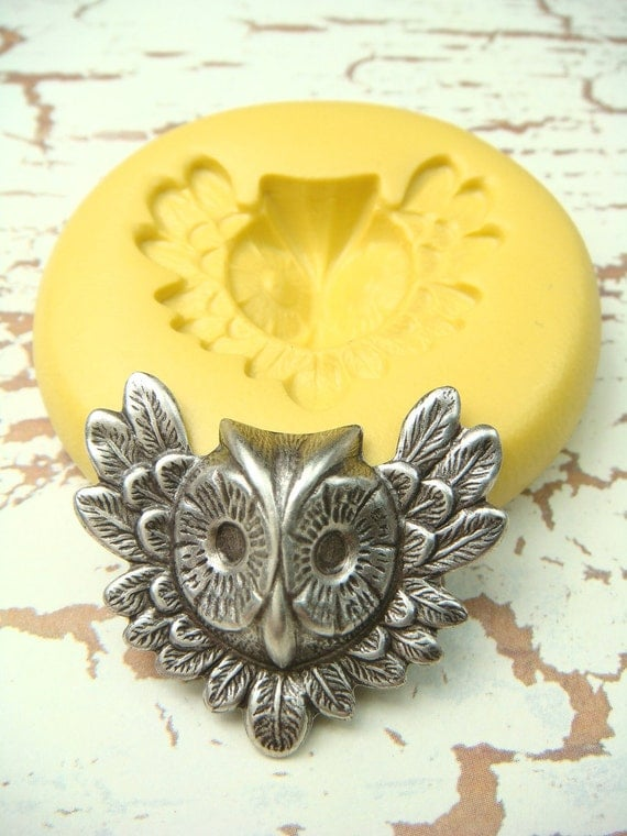 Owl Face with Wings  - Flexible Silicone Mold - Push Mold, Jewelry Mold, Polymer Clay Mold, Resin Mold, Craft Mold, PMC Mold