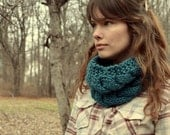 Double Cable Cowl - Turquoise