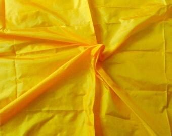Silk Taffeta in Yellow, Fat quarter -TF15
