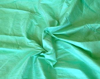 Silk Dupioni in  Spring Green - Fat Quarter D 132
