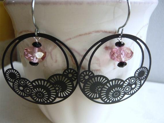 Black and Pink Seashell Filigree Earrings - Dangle - Hoop