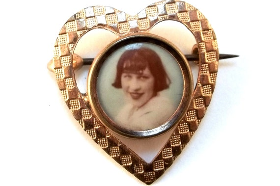 Vintage Hand Tinted Photograph in Gold Filled Heart Brooch