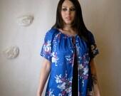 SALE. vintage blouse. garden floral top. swim cover up robe.