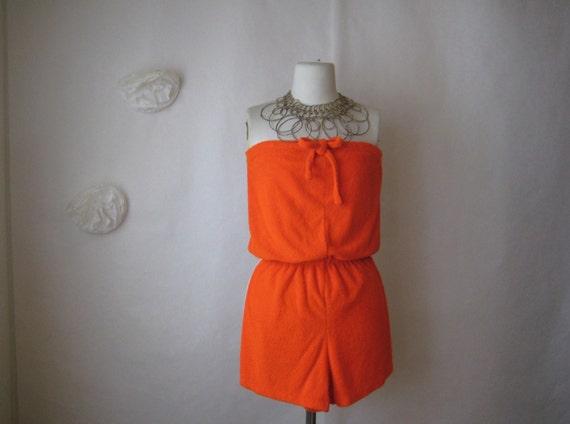 1970s shorts romper. vintage 70s playsuit. orange terry cloth chrissy snow jumper.