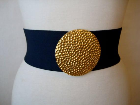 SALE. vintage elastic belt. gold medallion buckle wide elastic waist cinch corset belt.
