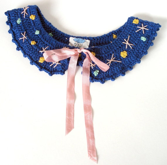 SALE - Peter Pan movable Collar - Handmade crocheted in Blue