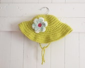 Organic Cotton Bright Green Sun Hat With Aqua, White and Hot Pink Flower