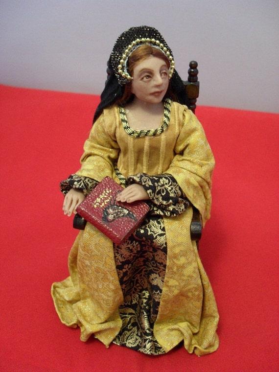 Dollhouse Miniature Tudor Lady