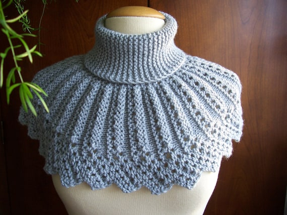 CAPELET hand knitted to ORDER. Knitted Capelet.Neck and chest warmer.Knitted neck warmer.
