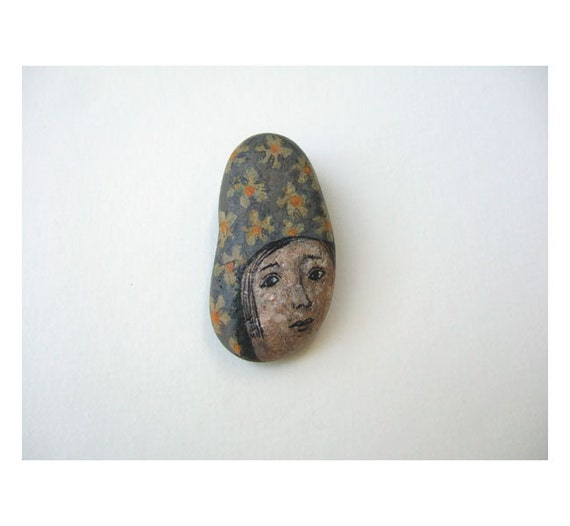 original painted stone, rock, FACE, mixed media, souvenir, paper weight