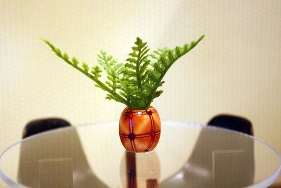 Dollhouse Miniature Potted Fern Plant with Wood Base in One Inch Scale, 1:12