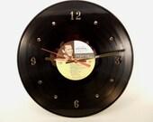 FRANK SINATRA Vinyl Record Wall Clock (That's Life)