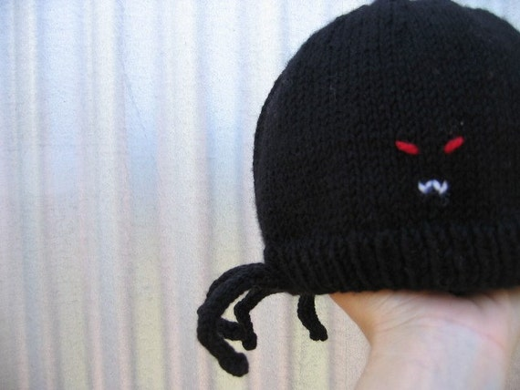 Spider hat, black pure wool, 'Fang Sinatra' ON SALE