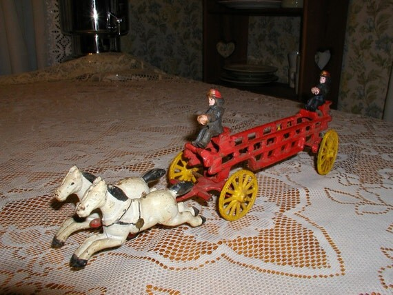 Vintage Cast Iron  Fire Truck  W/Horses and 2 Firemen