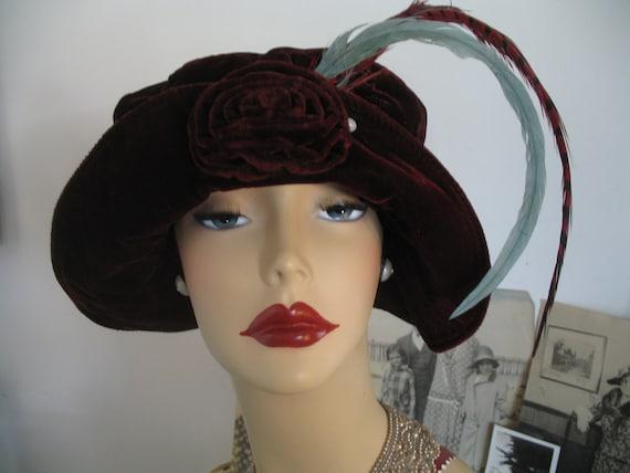 1940's Cloche Hat-Velvet Burgundy