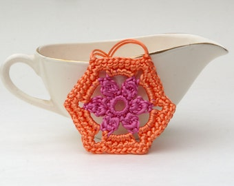 Crochet Pendant in Peach and Pink Satin Cord 'Patricia'