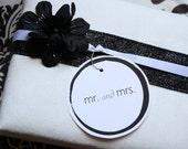 Bridal Black/White Boxed Mr and Mrs Notecard set