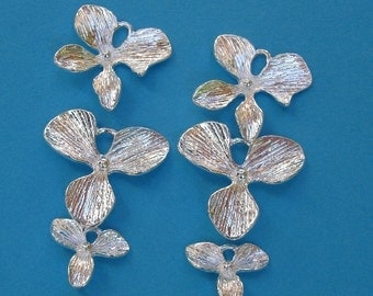 10Pcs - Triple Orchid Flower Charm Pendant Sterling Silver Plated.