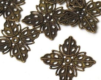 20pcs- Antique Bronze Diamond  Flower Filigree.