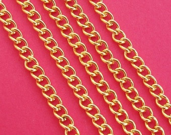 32ft-Gold Plated Curb Twist Chain 2.5x3.5mm.
