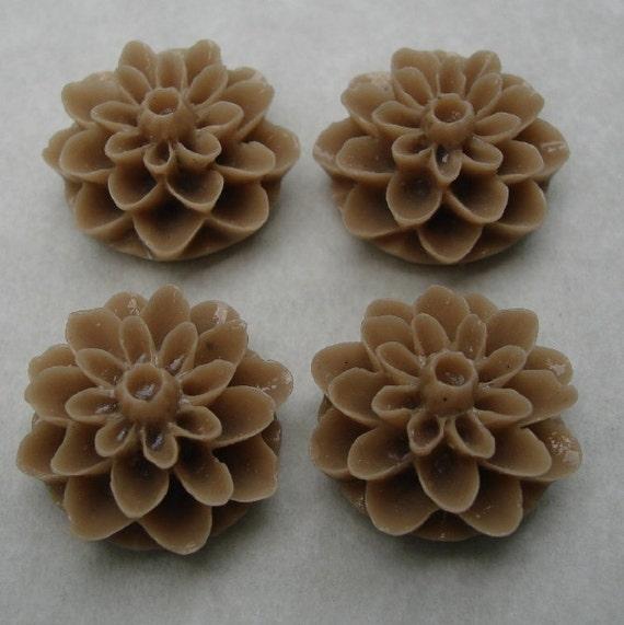10pcs-Mom Flower Cabochon,Mocco,  Resin, D-15mm, H-8mm.
