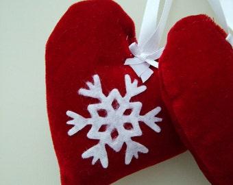 Christmas decoration.Set of six handmade dark red velvet hearts for the Christmas tree.
