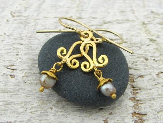 Fine Jewelry, 22k Solid Gold Earrings with Pink Pearl Bead, Dangle Earrings